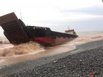 受台风影响 矿船搁浅棉兰佬岛海岸20名船员下落不明